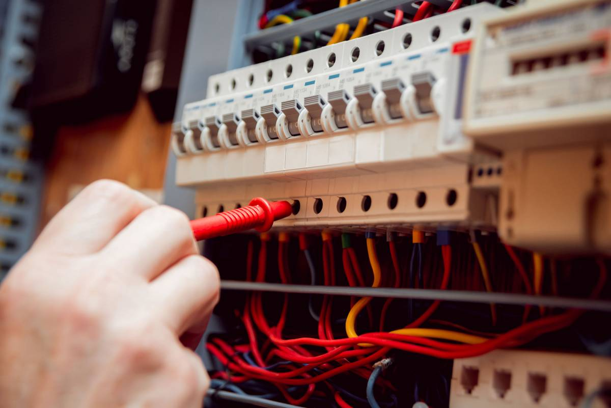 Electrician In North London Emergency Niceic Type Wiring Codes Qualified Affordable Reliable Electricians